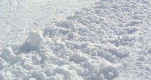 snow-1188542_960_720