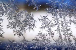 snowflake-1588511_1920